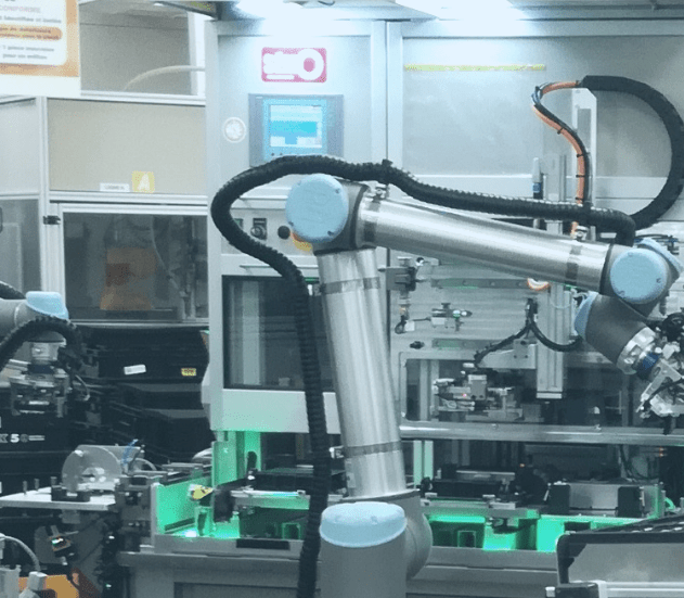 INTEGRATION DE ROBOTS COLABORATIFS COOPERATIFS  COBOT