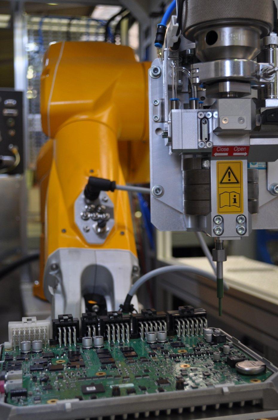 coulée de joint machines spéciales process procédé intégration électronique